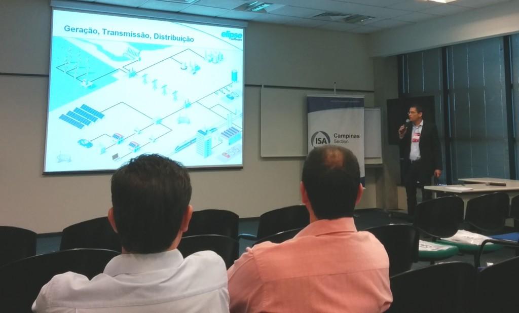 Marcelo Salvador falando sobre as tecnologias para geração, transmissão e distribuição de energia