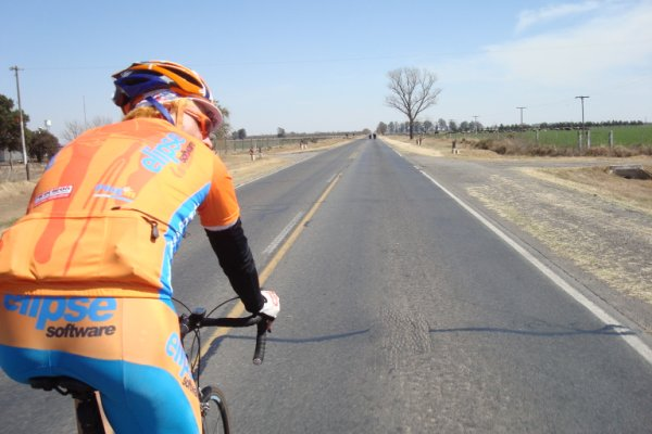 Desafio Transcontinental LAST Europa 2014 marcará o retorno da equipe laranja às rodovias