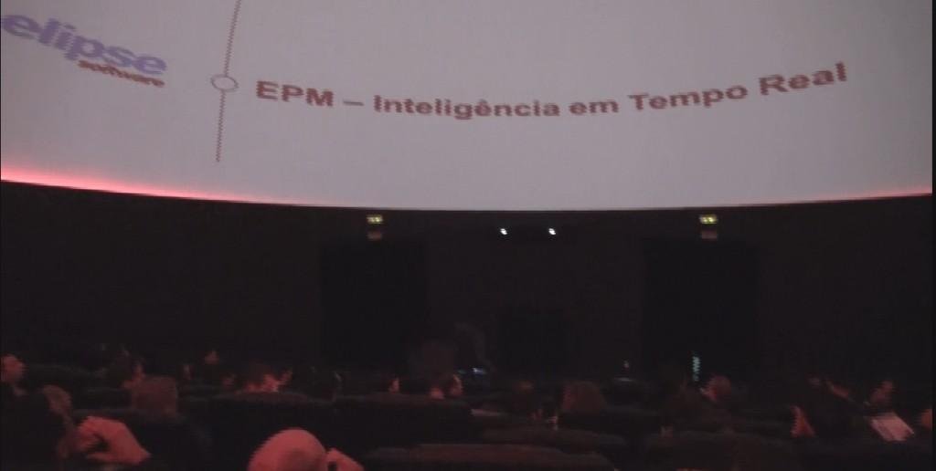 A integração do EPM com a linguagem Python foi um dos temas debatidos no evento que atraiu 83 participantes
